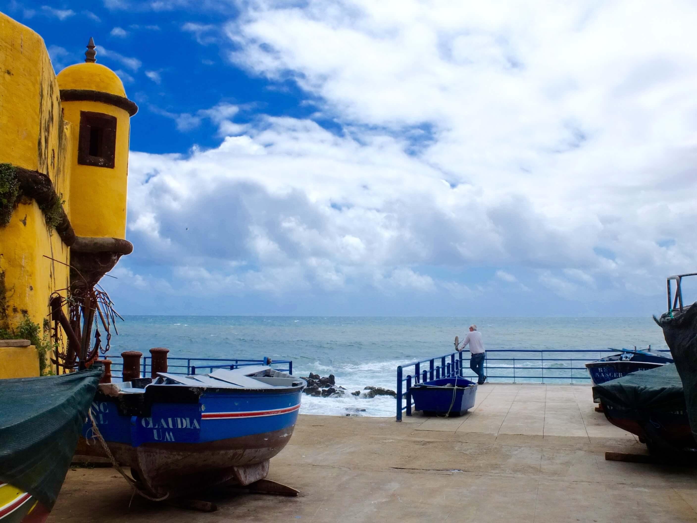 São Tiago Beach near Largo do Socorro
